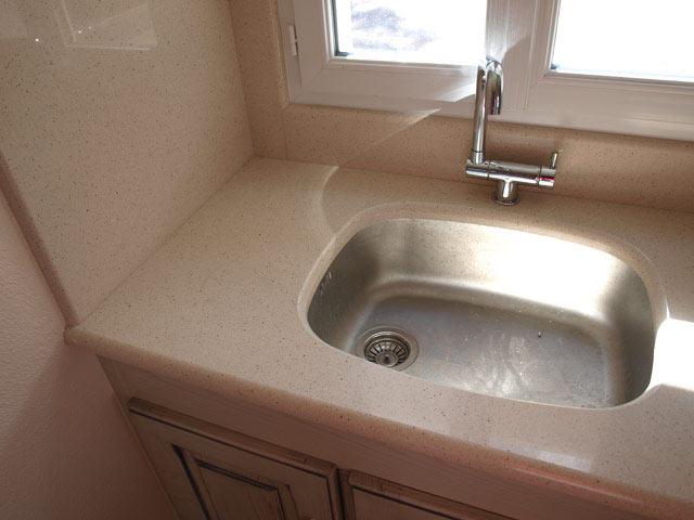 evier plomberie sanitaires au pays basque 64 guillaume echeveste. Black Bedroom Furniture Sets. Home Design Ideas